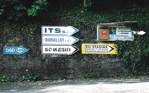 Firmen-auf-Tipp-Terres-Rouges-Foto-vom-5-10-2004d.jpg